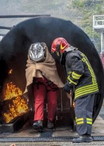 La temuta prova del passaggio nel tunnel di fuoco