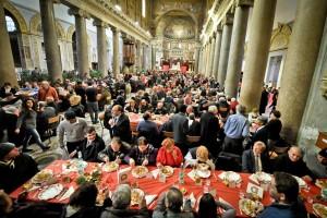 Il_Pranzo_di_Natale_2013_nella_Basilica_di_Santa_Maria_in_Trastevere_8