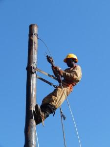 Installazione della rete di distribuzione, a carico della REA.